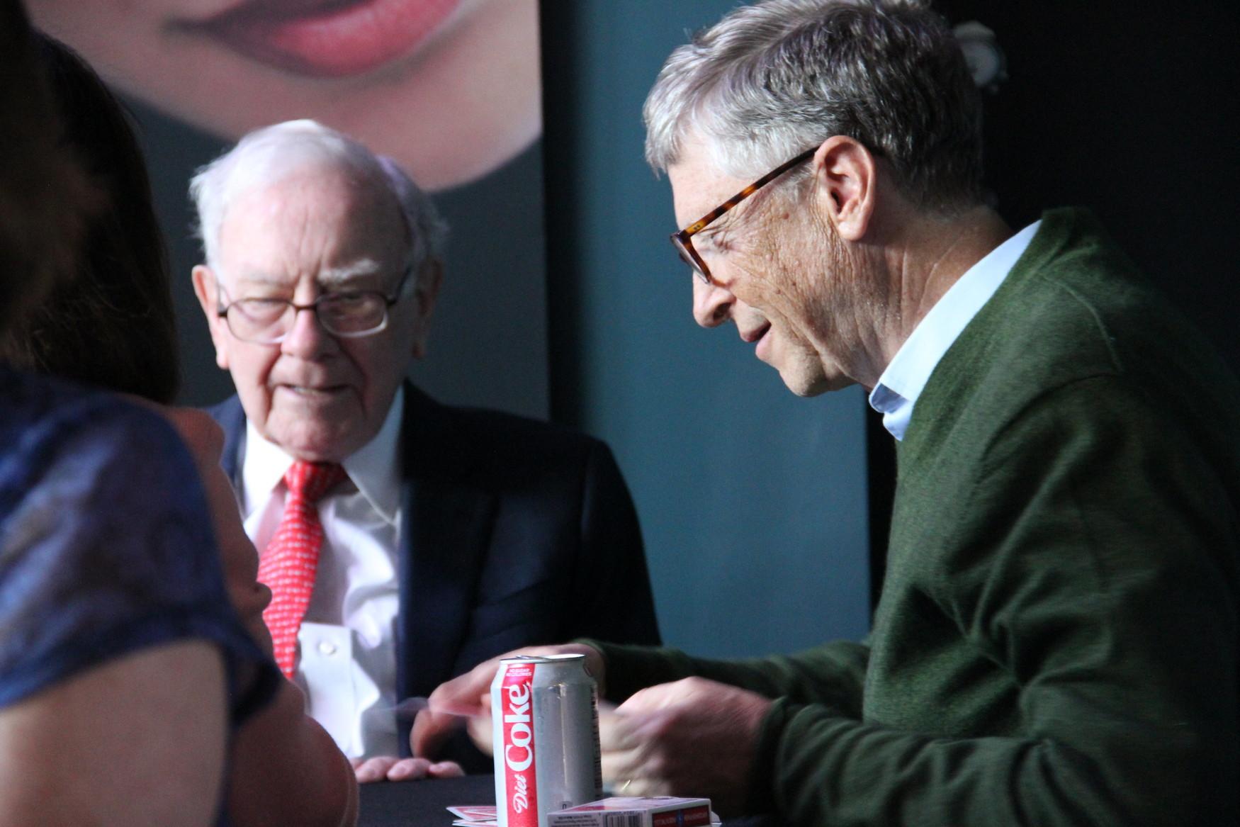 Warren Buffet ; Does Money Buy Happiness